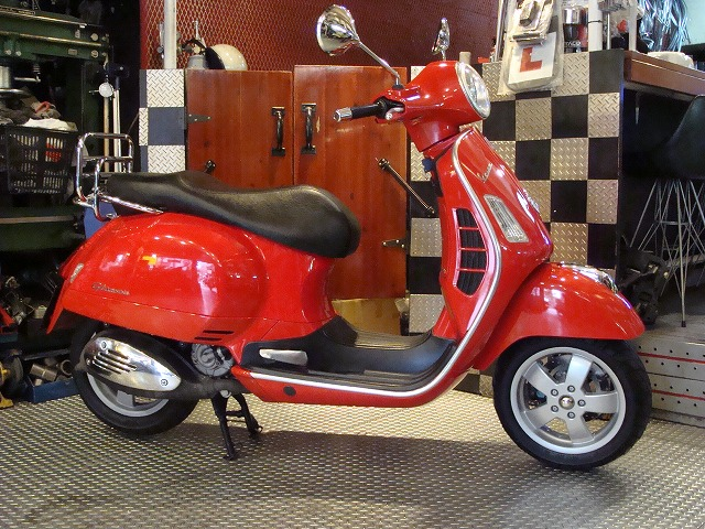 vespa バイクショップ oneperfour ワンパーフォー